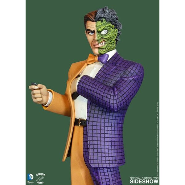 Batman Classic Collection statuette Two Face 35 cm