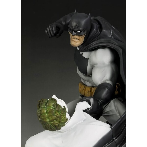 Batman statuette PVC ARTFX 1/6 The Dark Knight Returns 30 cm