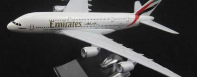 Avions miniatures en métal