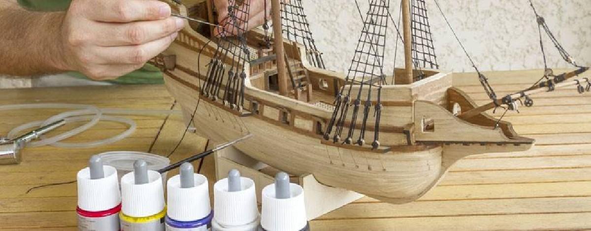 Maquetas de barco de madera