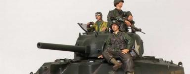 Véhicules militaires miniatures (déjà montés)